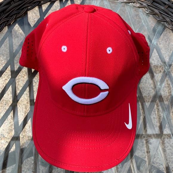 Nike Cincinnati Reds cap hat